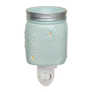 Scentsy Chasing Fireflies Night Light Plug In Warmer For