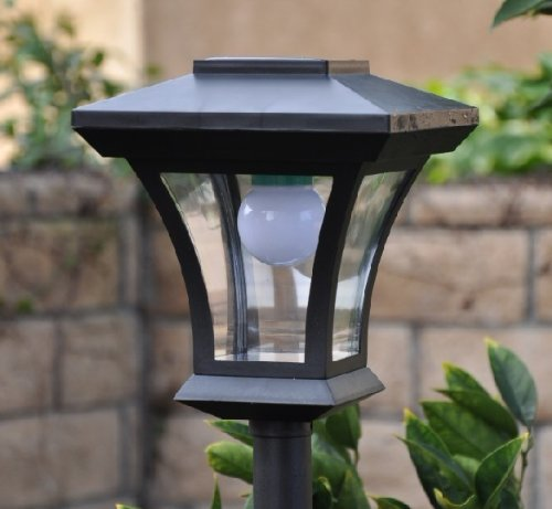 Fancy Outdoor Post Lights: Solar Charged LED Lamp Post Decorative Yard Light With 3