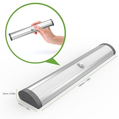 le motion sensing closet light 10 led wireless stick on anywhere stair lights led light bar. Black Bedroom Furniture Sets. Home Design Ideas